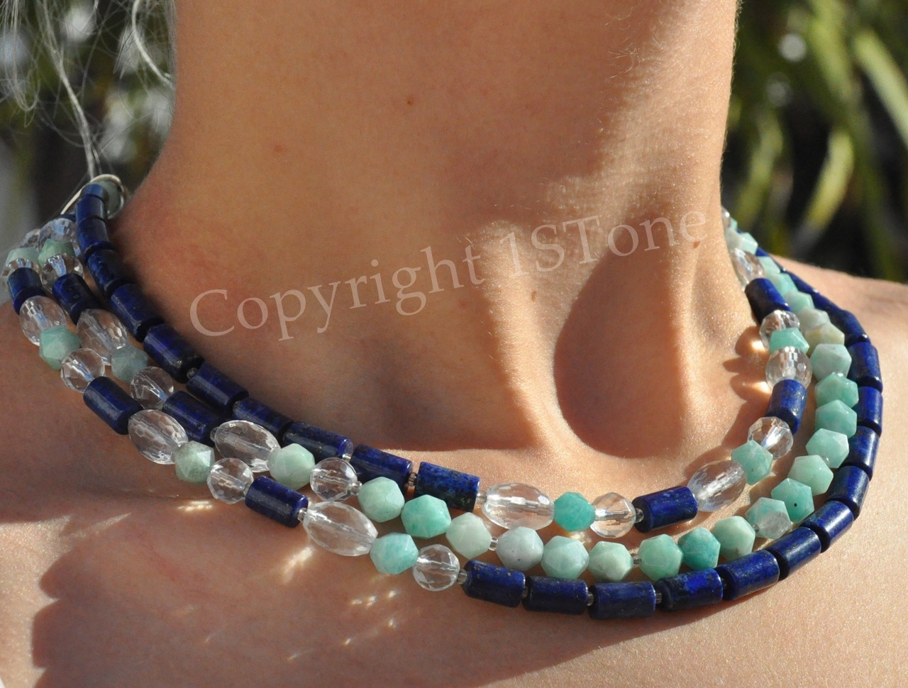 1STone Art & Design 3 Line Collar Amazonit, Lapis Lazuli and faceted Rock-Crystal