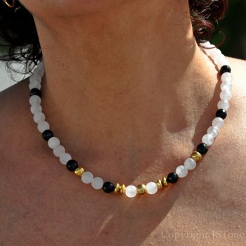 Womens-1ST Gemstone Necklace Rose Quartz matt & black Agate faceted Rosy Black n Gold by 1STone Art & Design